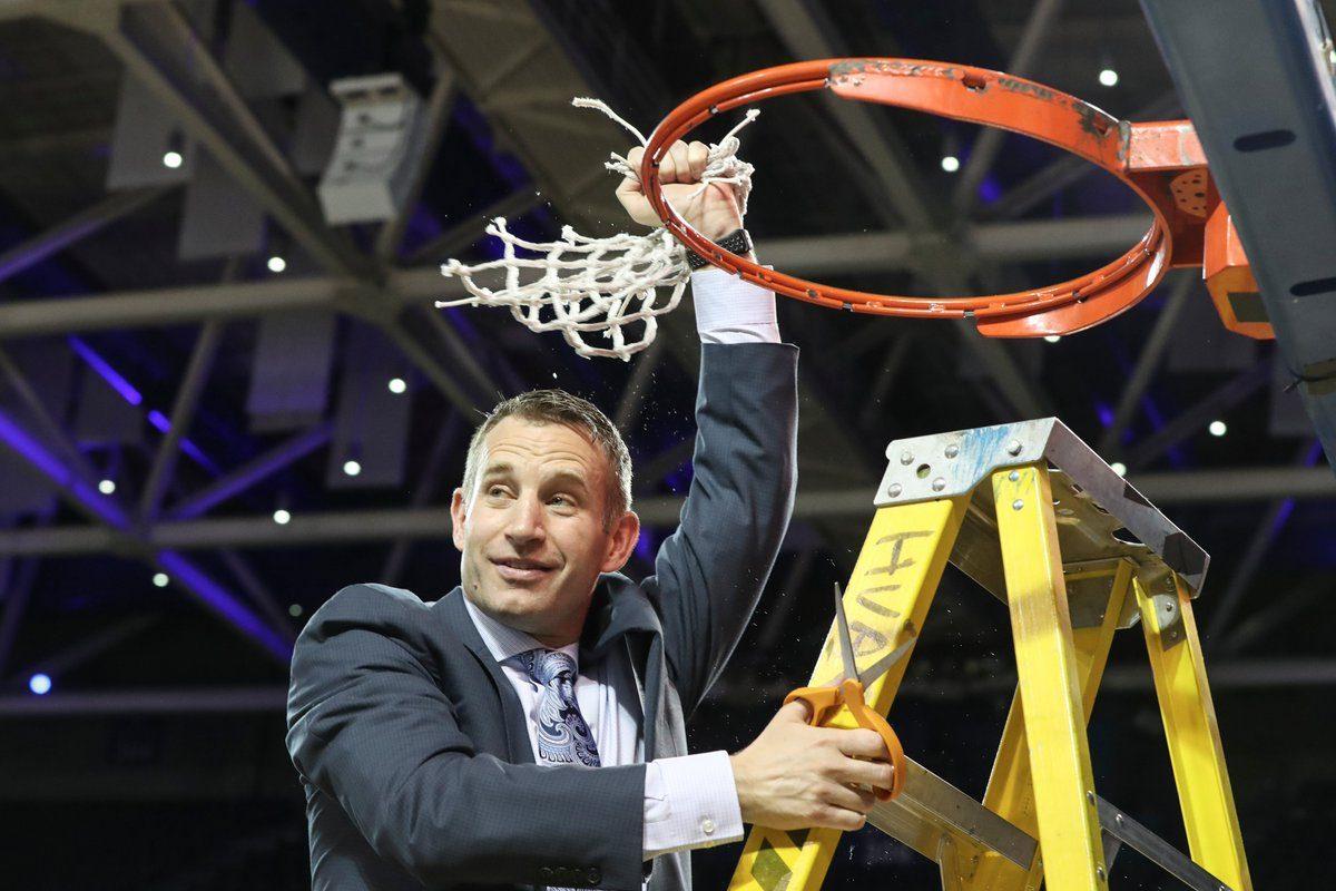UB coach Nate Oats celebrates the school's first MAC regular-season title in February. (James P. McCoy/Buffalo News)
