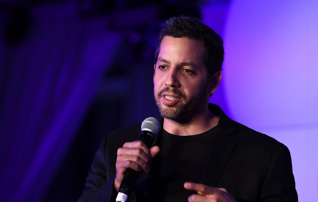 David Blaine will be at Shea's Performing Arts Center.