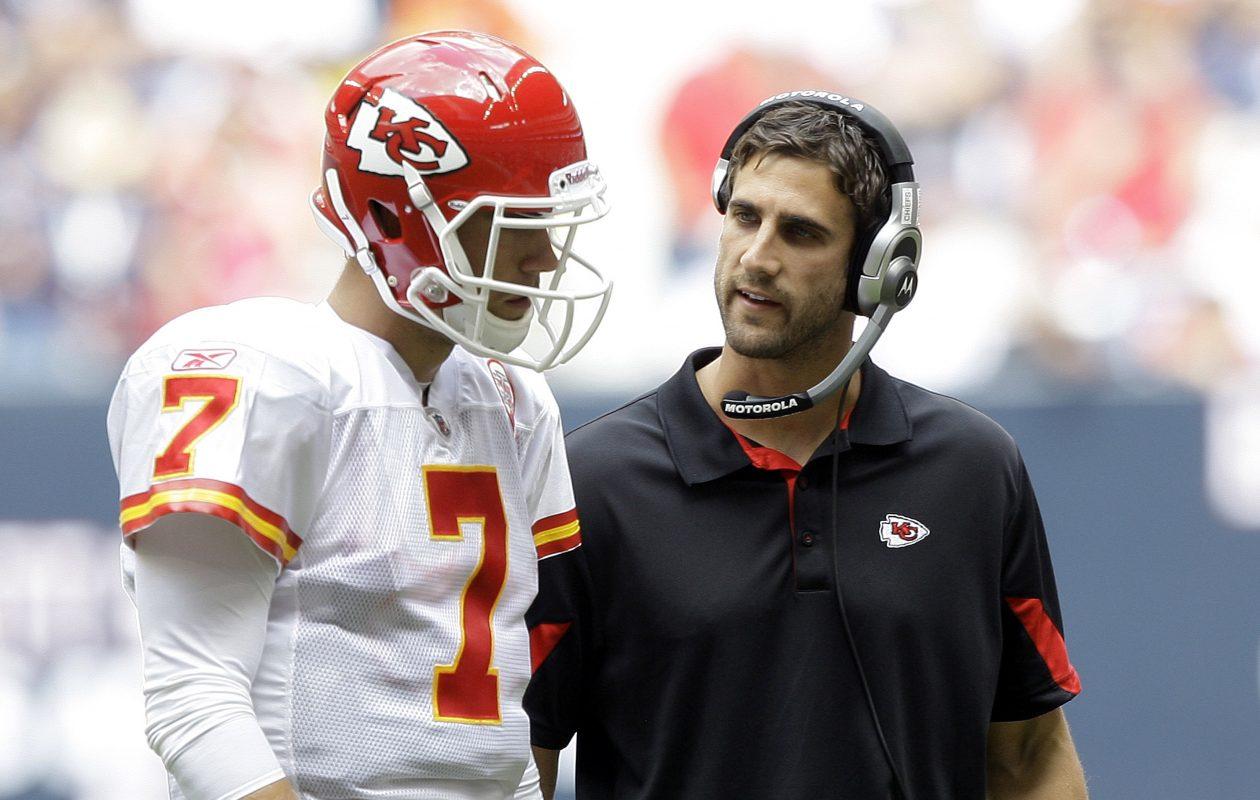 Nick Sirianni and Kansas City QB Mat Cassel. (Bob Levey/Getty Images)