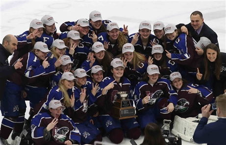 FLOP beats Clarence/Amherst/SH for 2018 Girls Ice Hockey Federation Championship