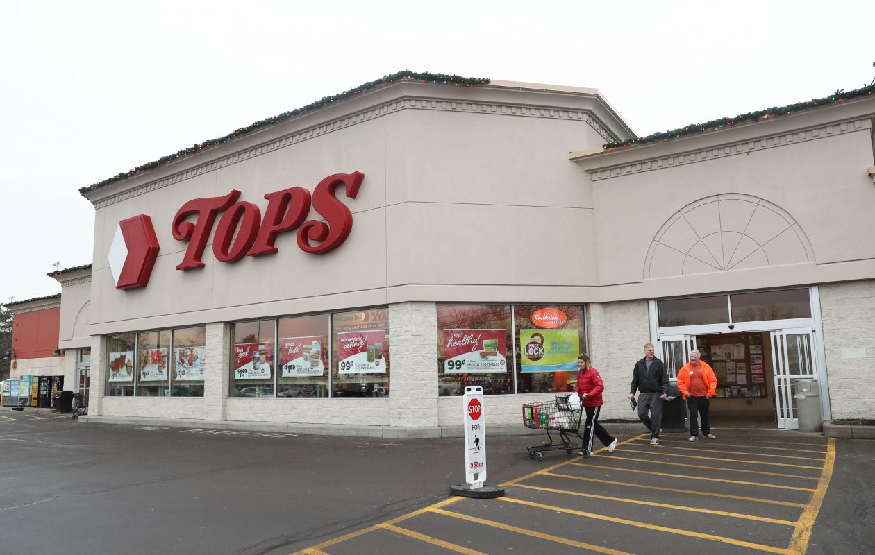 The Tops on Center Street in Lewiston is one of five that is independently owned. (Sharon Cantillon/Buffalo News)