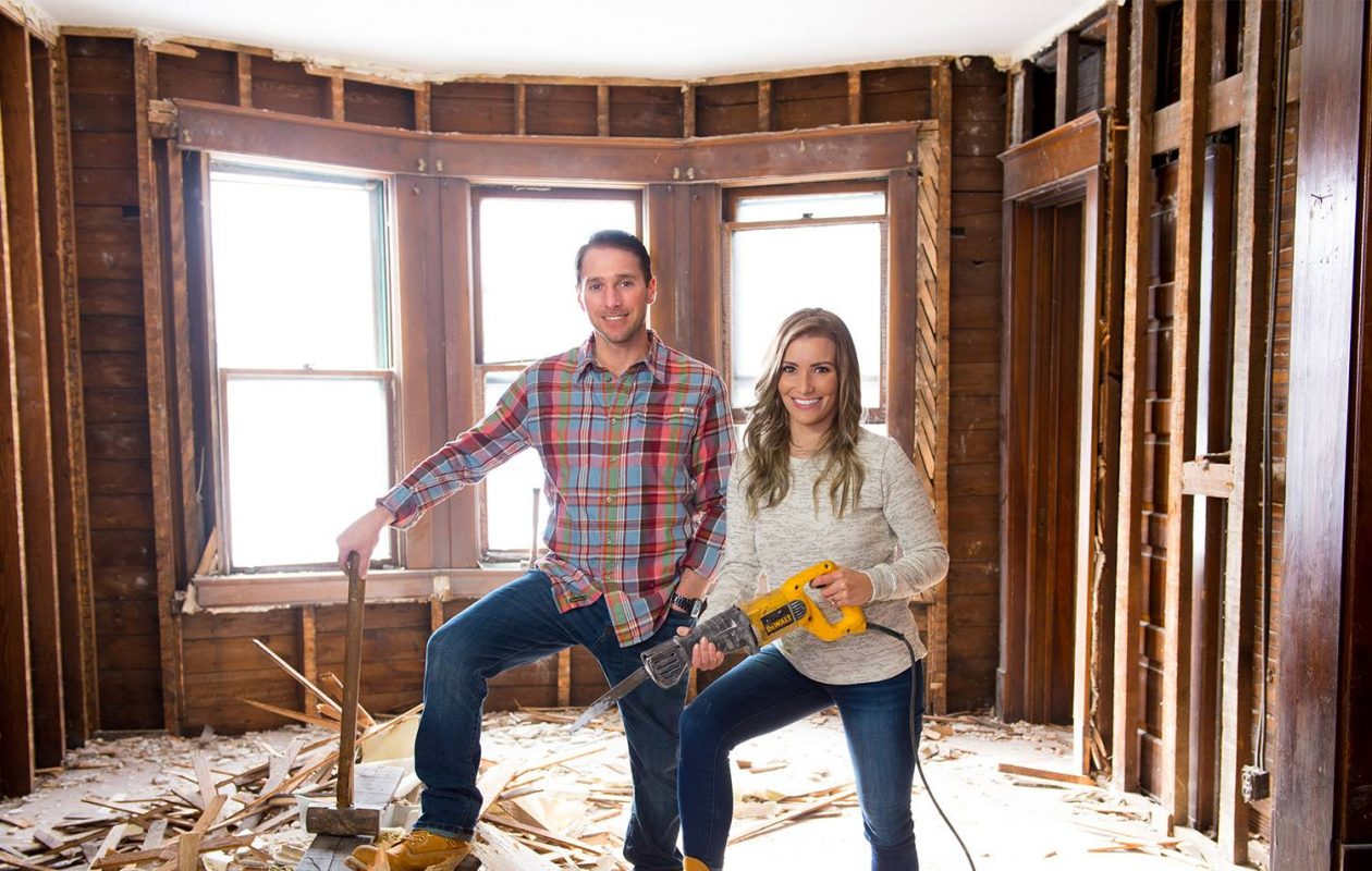 Chris and Lorissa Naugle are the stars of 'Risky Builders.'