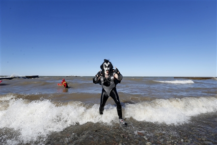 Freezin' for a reason: The 49th Olcott Polar Bear Swim For Sight