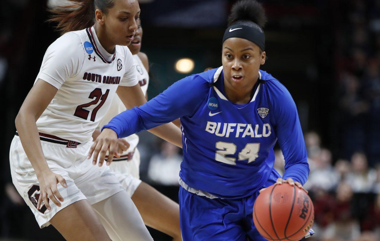 Buffalo guard Cierra Dillard had a game-high 29 points. (Harry Scull Jr./ Buffalo News)