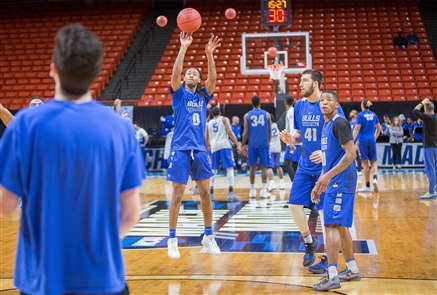 The University at Buffalo Bulls took to the court for practice on Tuesday, March 13, 2018, in Northwest Nazarene University in Nampa, Idaho, near Boise, and on Wednesday, March 14, 2018, in Taco Bell Arena in Boise. The team prepares to face the University of Arizona Wildcats at approximately 9:45 p.m. Thursday in the opening round of the NCAA Men's Basketball Tournament.