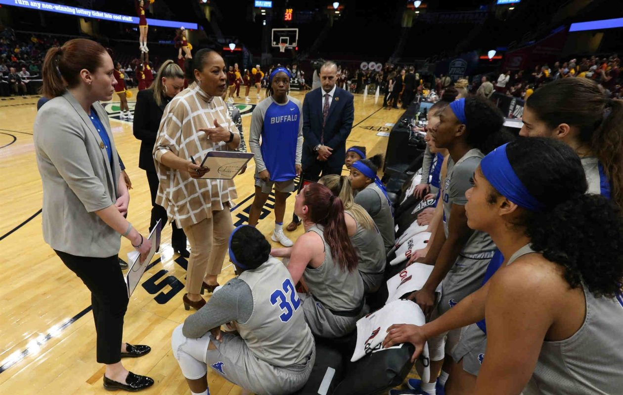 Felisha Legette-Jack and the UB women have a tough matchup with nationally-ranked South Florida. (James P. McCoy/Buffalo News)