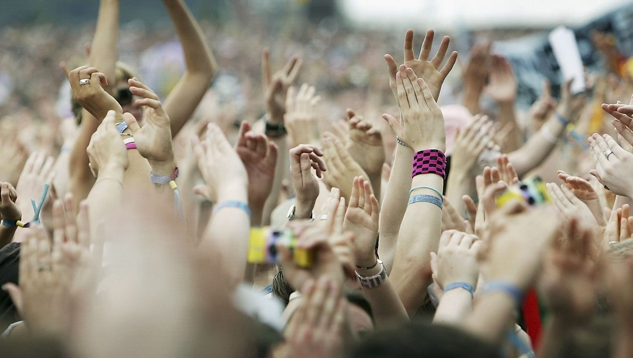 A new study finds that consistent concert attendance can foster feelings of well-being and connection. But are your fellow concertgoers ruining the experience?  (Getty Images)