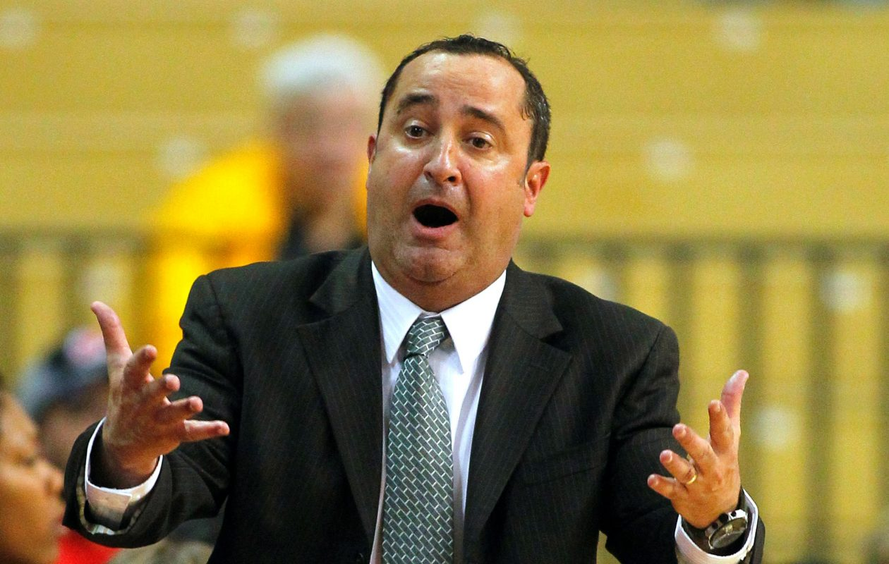South Florida coach Jose Fernandez (Getty Images).