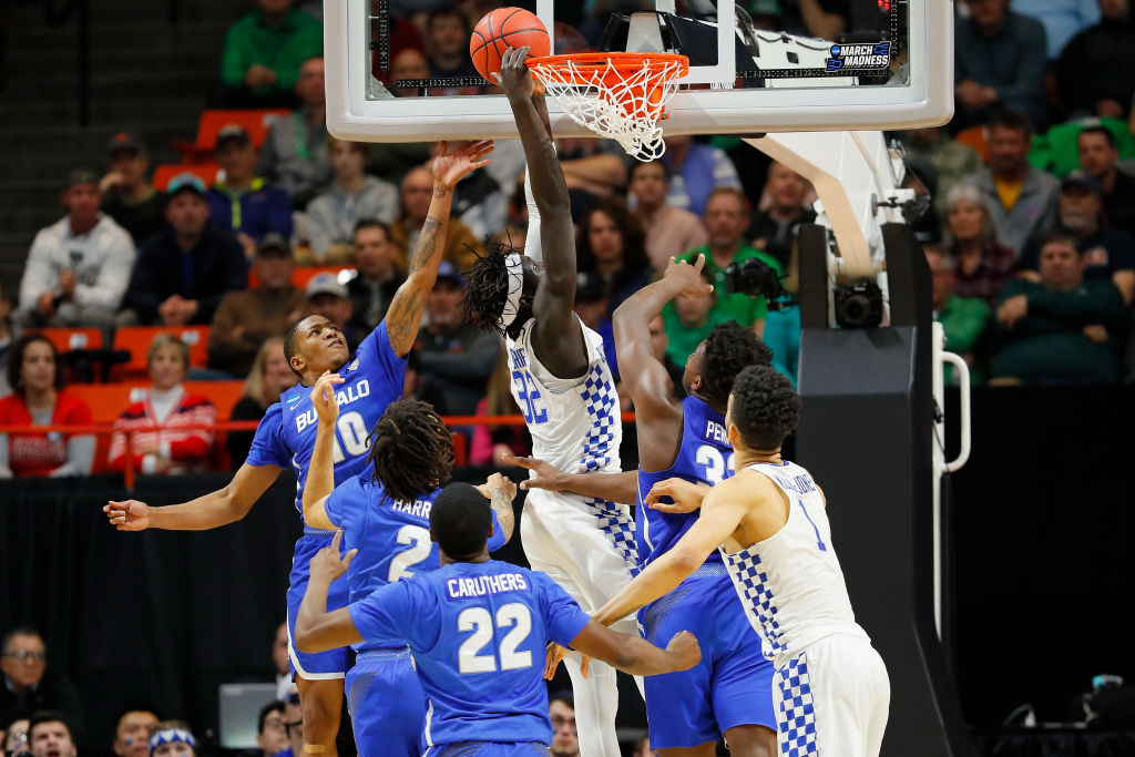 Wenyen Gabriel of Kentucky dunks. (Getty Images)