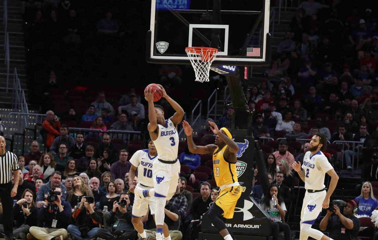 UB scores two points over Toledo in the first half during the MAC Championship game. James P. McCoy / Buffalo News