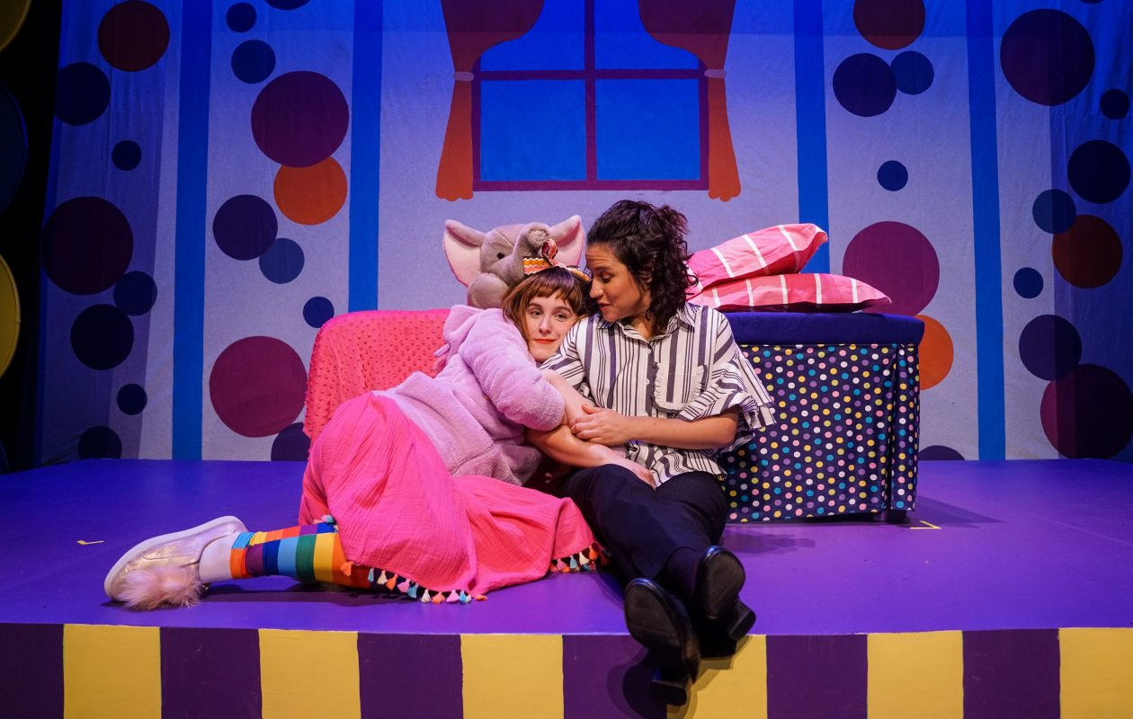 Renee Landrigan plays Junie B. Jones and Melinda Capeles is her Mom in 'Junie B. Jones is Not A Crook' at the Theatre of Youth. (Photo by Benjamin Richey)
