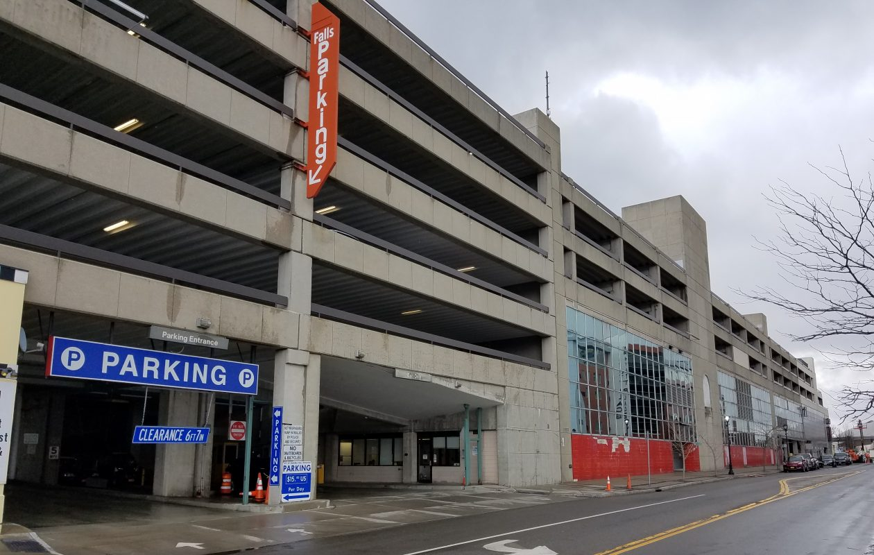 The Rainbow Boulevard parking ramp in Niagara Falls on April 4, 2018. (Thomas J. Prohaska/Buffalo News)