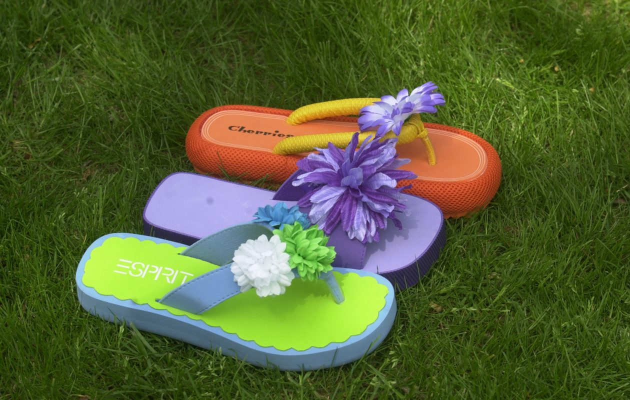 This photo was taken in 2001 - when flower-topped flip-flops were a big trend. (News file photo)