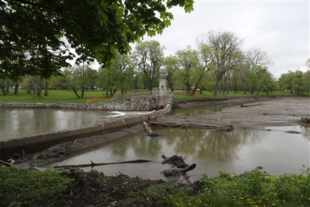 Como Lake in Lancaster is drained