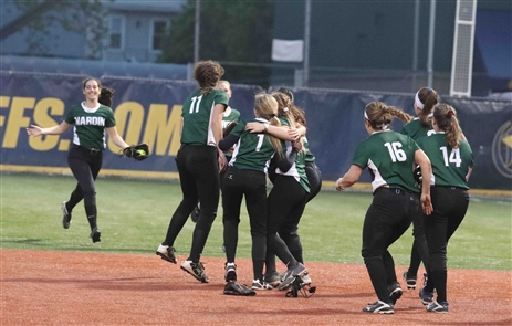 Nardin defeats St. Mary's for the Monsignor Martin softball final.