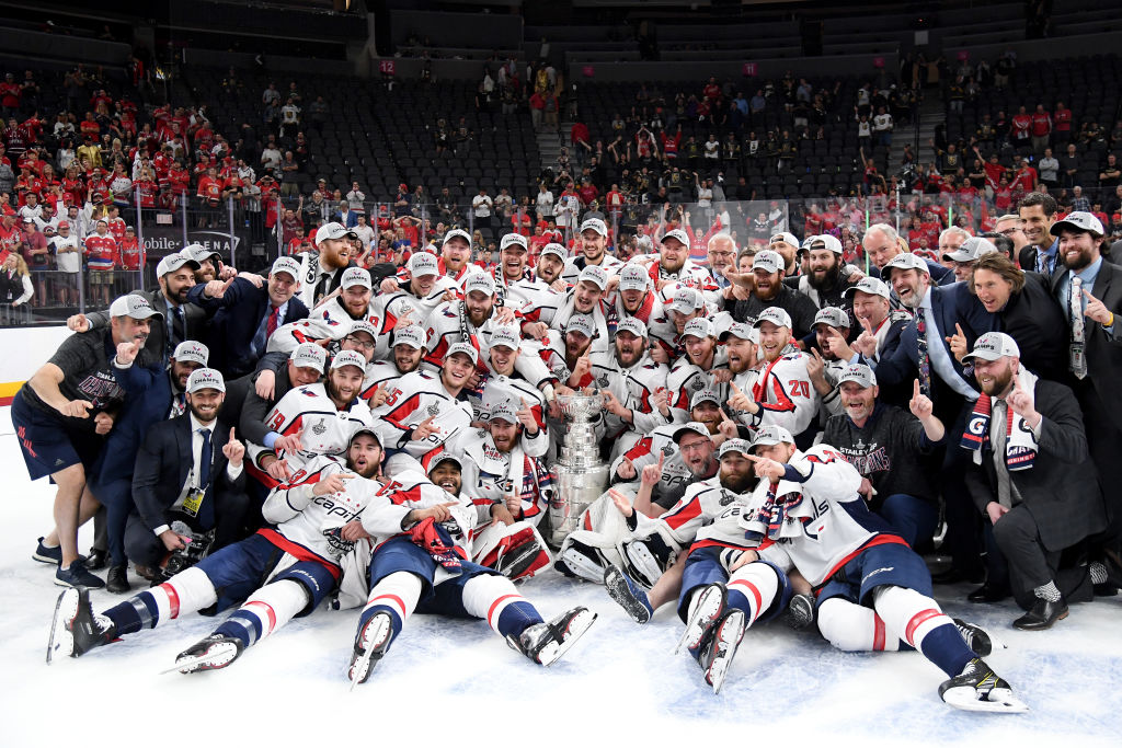 The Washington Capitals pose with the Stanley Cup (Getty Images).