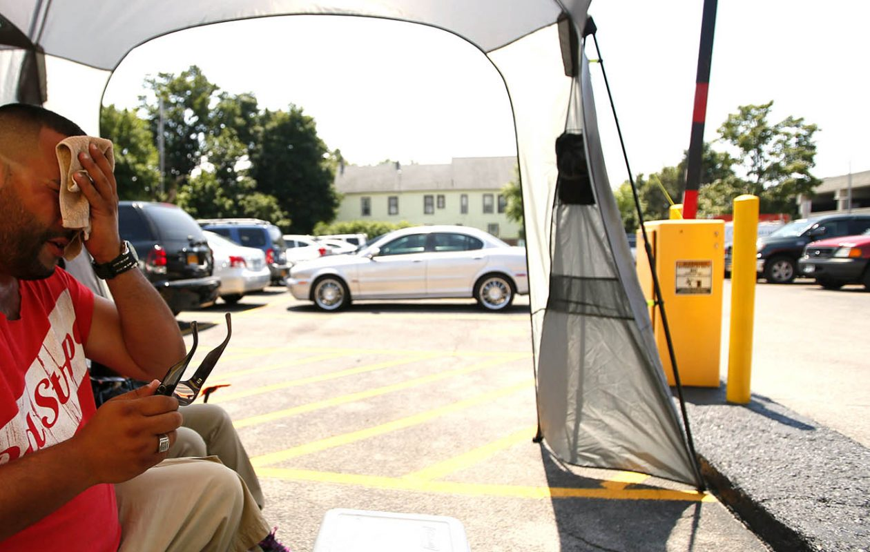 Staying in the shade is a good place to start when the temperatures rise. (Derek Gee/News file photo)