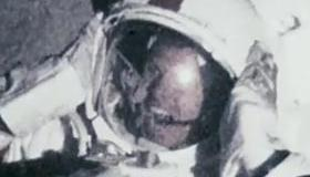 apollo18review.png