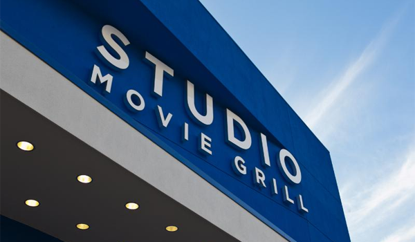 studiomoviegrill.png