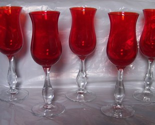 5_red_orange_blown_glass_wine_glasses