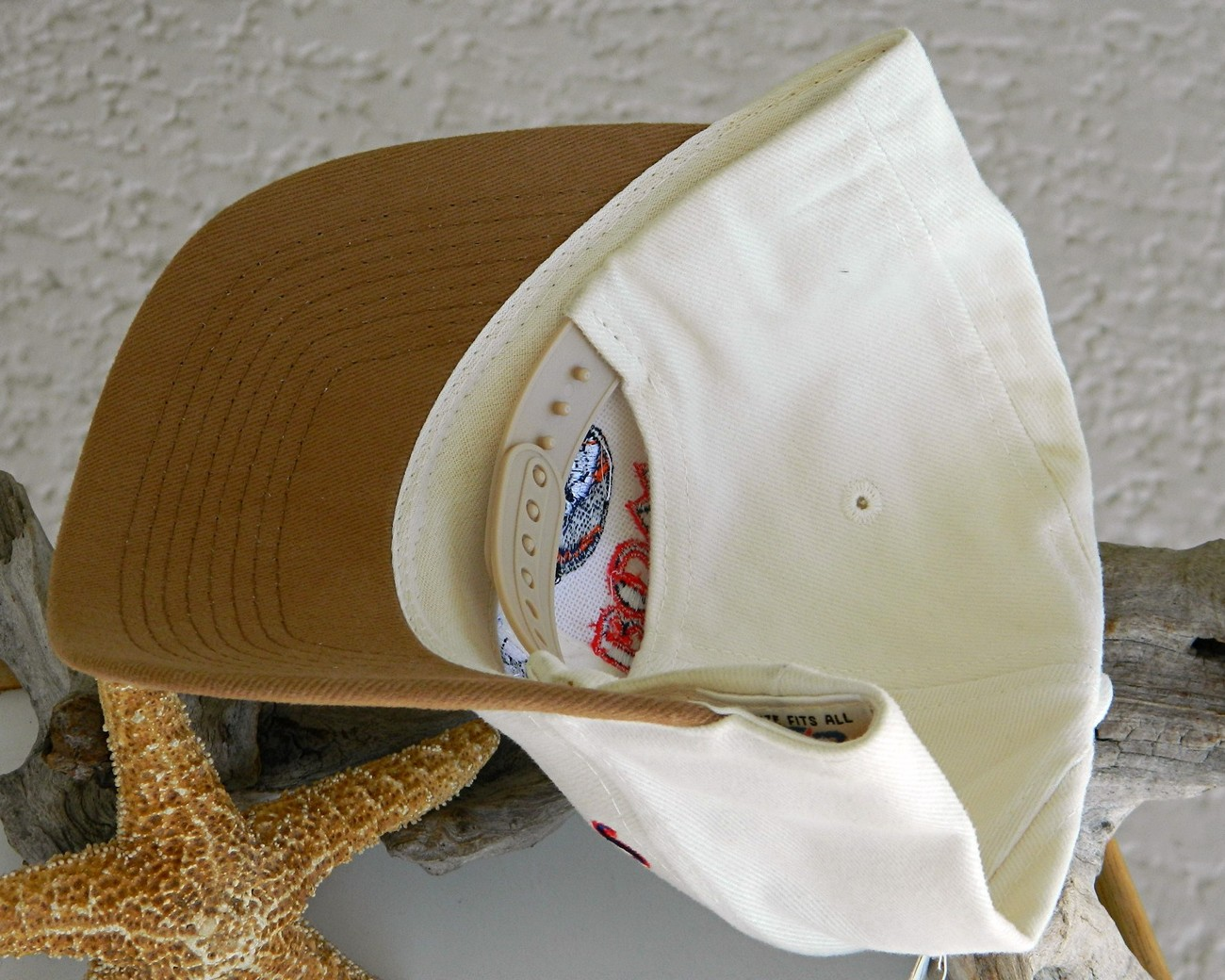 Back_of_hat_strap