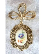 Baroque 70s Exquisite Glass Flower Cabochon Brooch - $19.95