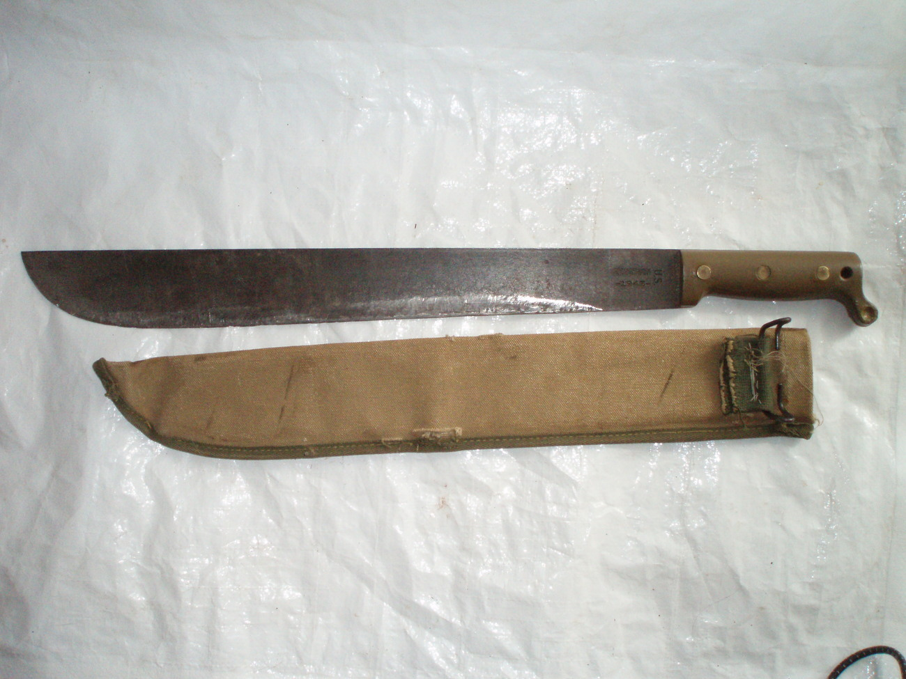 Truetemp_1945_machete