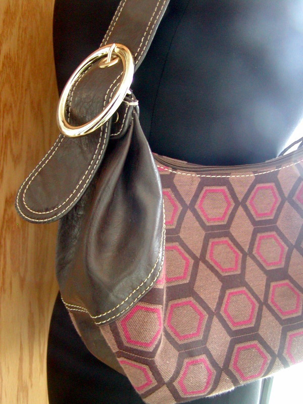 Axcess by Liz Claiborne Honeycomb Pattern Bag - Lolo