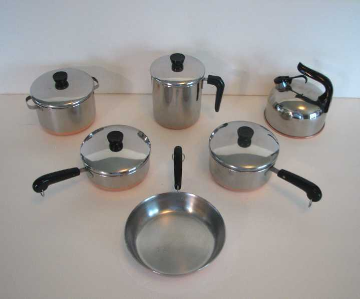 Toy Pots And Pans : Vintage s miniature revere ware toy pots and pans