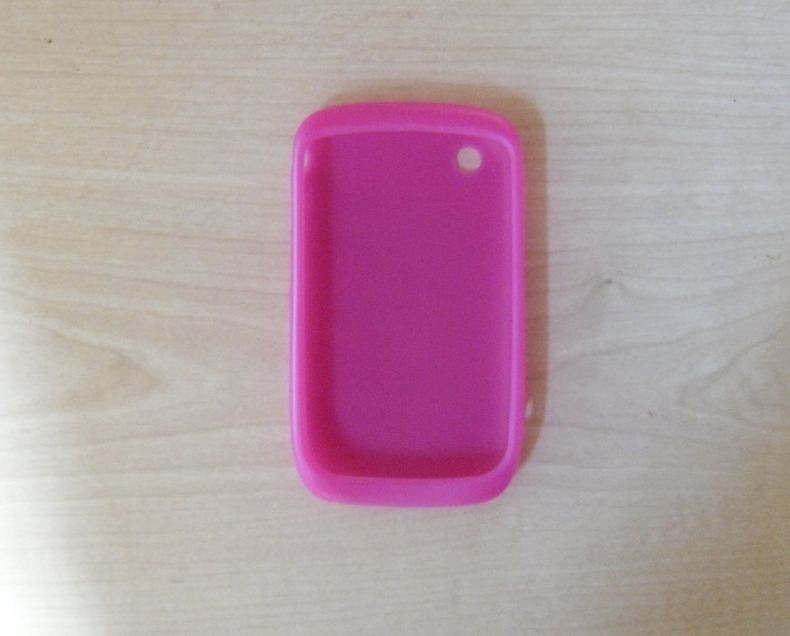 Blackberry_pink_sponge_case_aerial_view