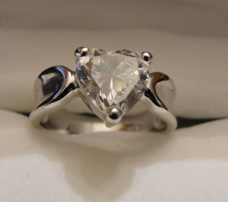 Ring Sterling Silver Heart Shaped CZ New 2 Carat