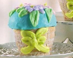 Image 1 of Set of 3 Floral Basket Cake Pans