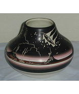 Navajo Pottery Hand Crafted Etched Bowl Signed - $12.00