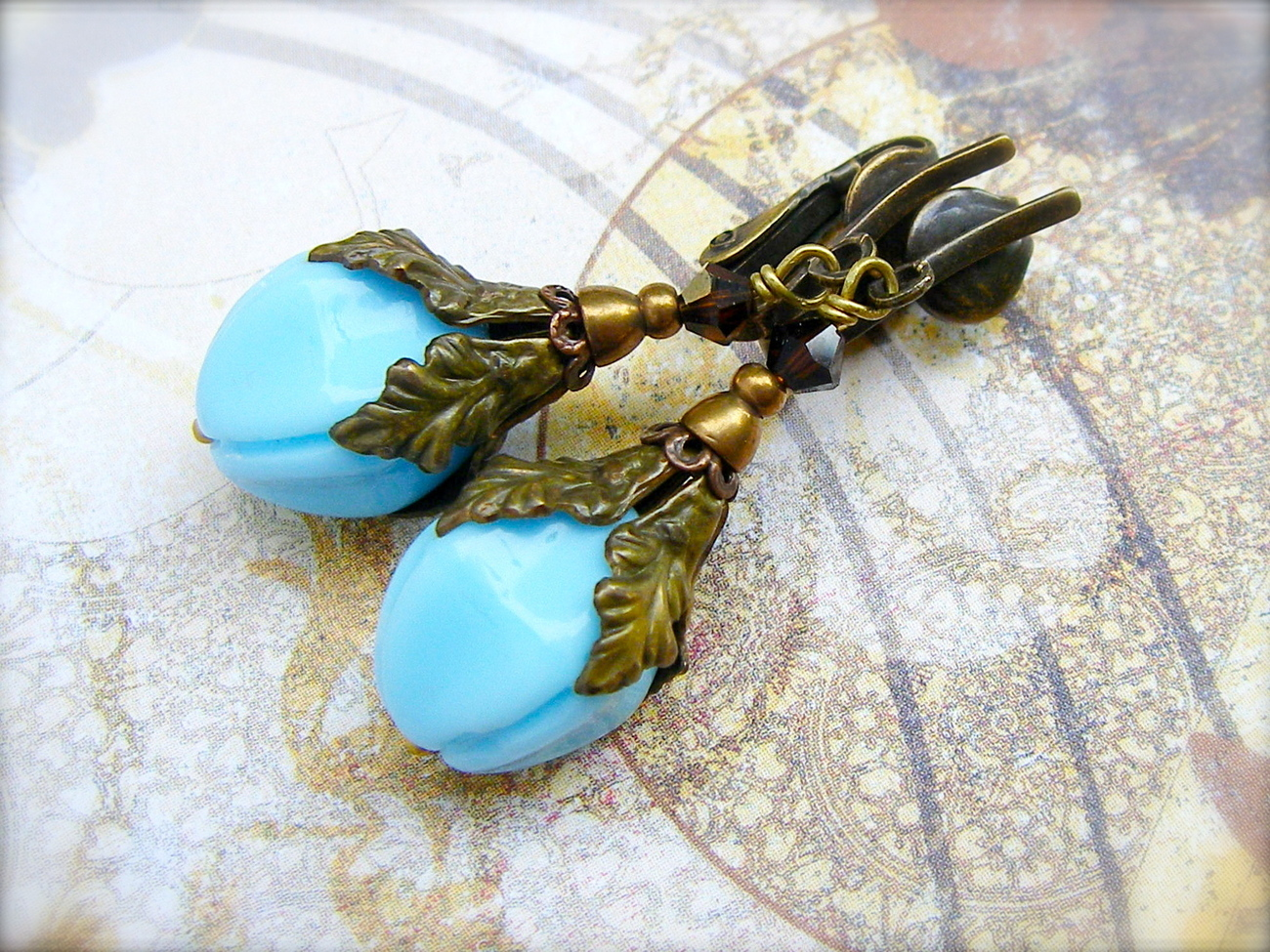Vintage Blue clip-on earrings