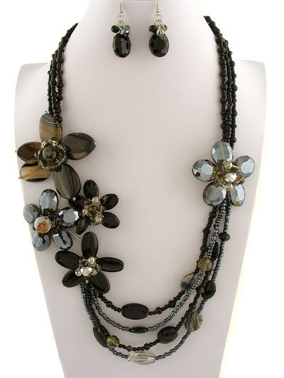 Flowers_-__60___ne231130__black_flower_design__30l__stones__faceted_crystals__lobster_claw_closure__lead___nickel_safe