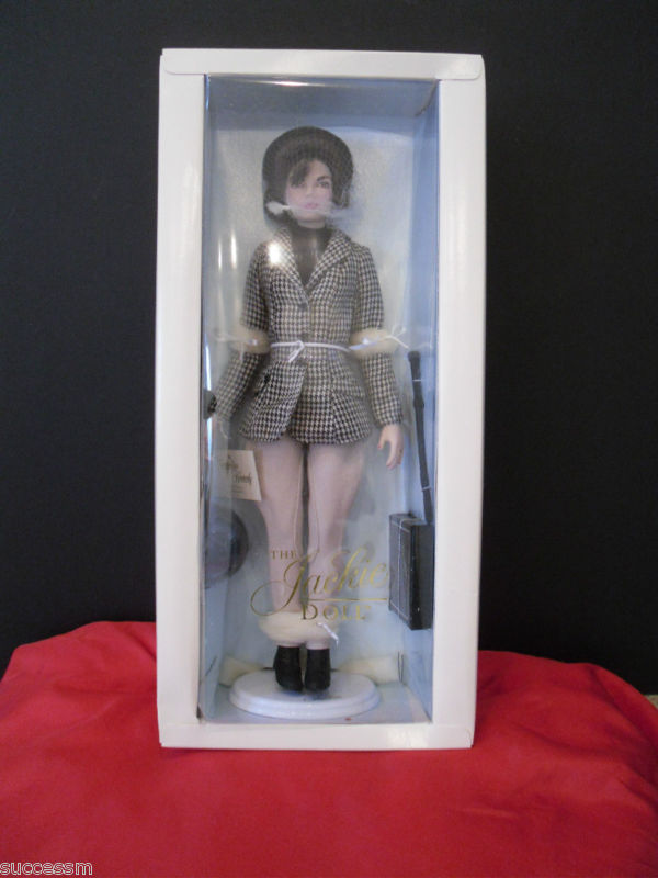 Jackie Kennedy Equestrian Doll Franklin Mint NEW IN BOX!!  Limited Edition