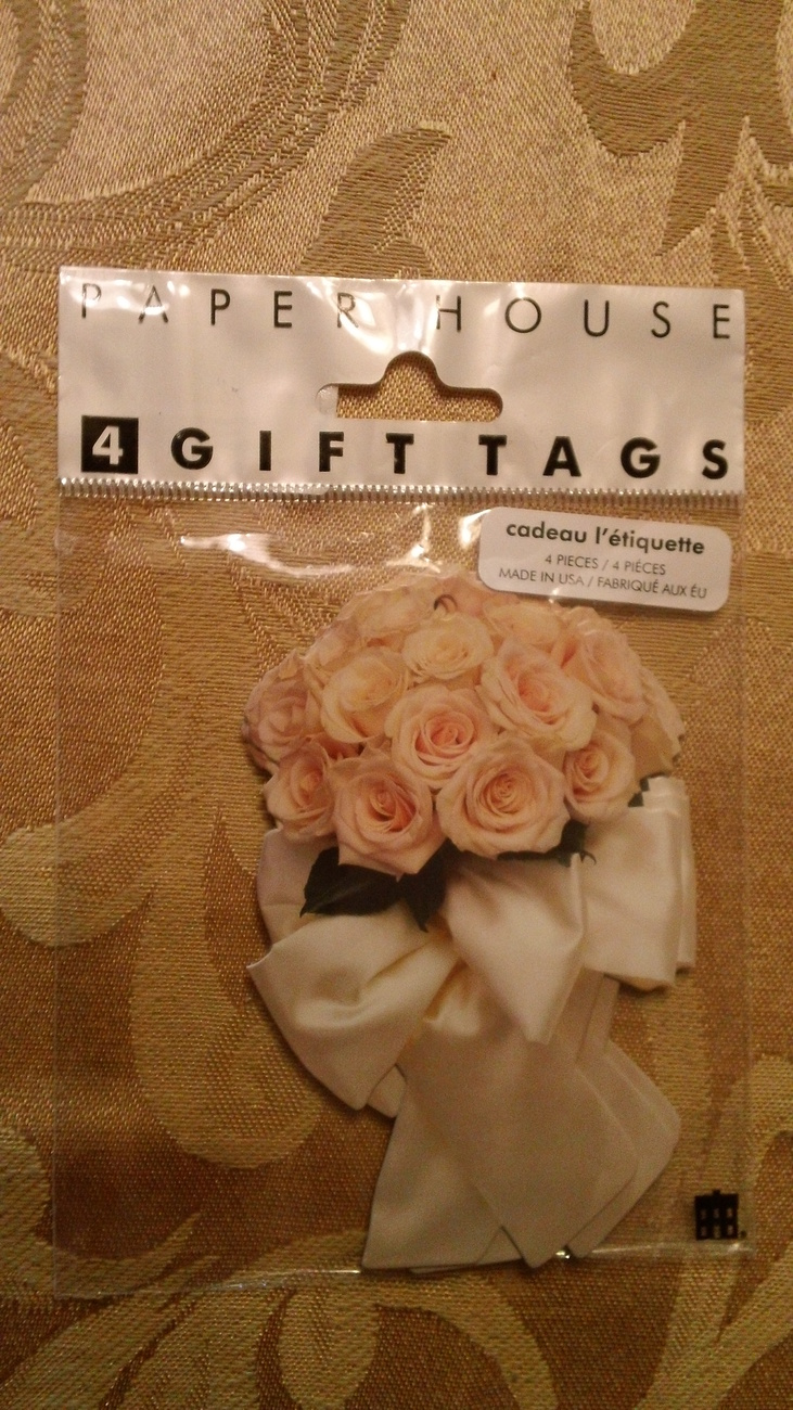 White Flower Bouquet   GIFT TAG