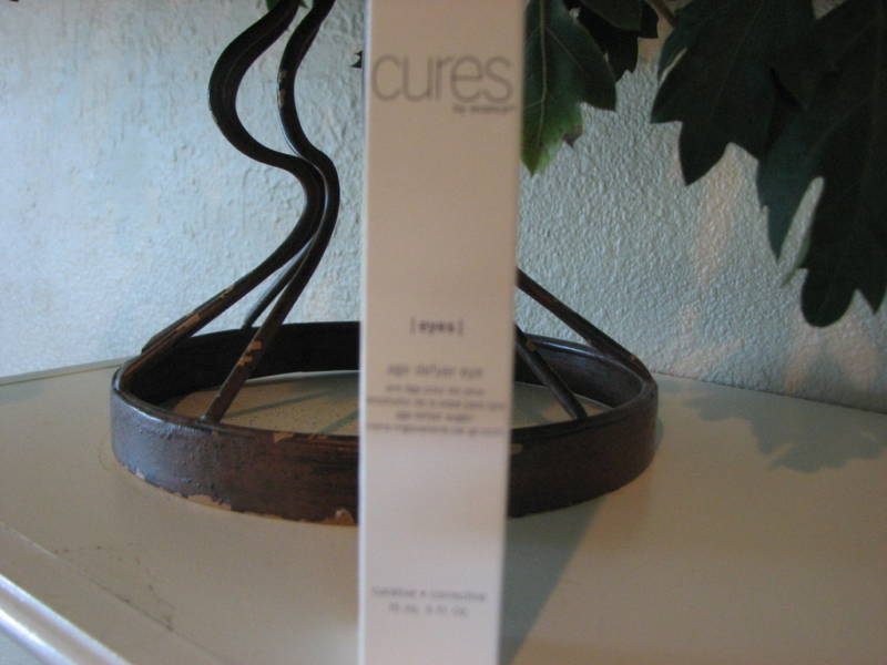 Eye Creme Cures by Advance Age Defyer NIB .50 oz Skincare