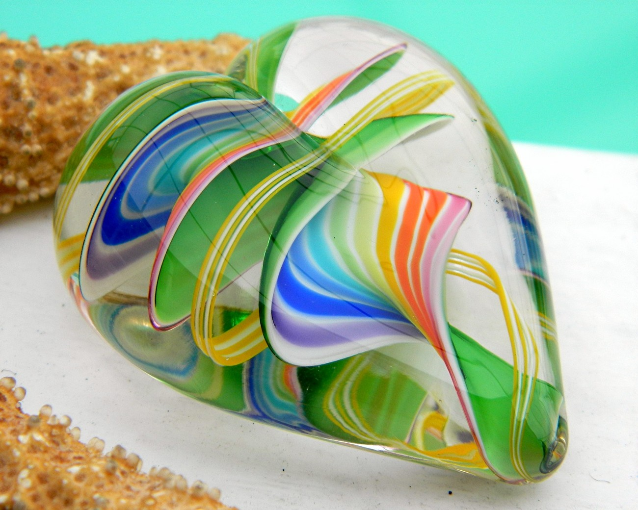 Art_glass_heart_multicolor_paperweight_glass_eye_studio