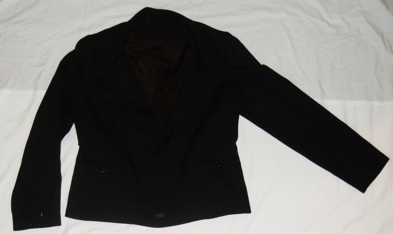RESERVED FOR BEYONDTHETEN Women's Black Blazer Jacket Size 16