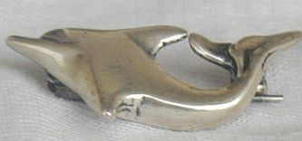 Mini_dolphin_brooch-3