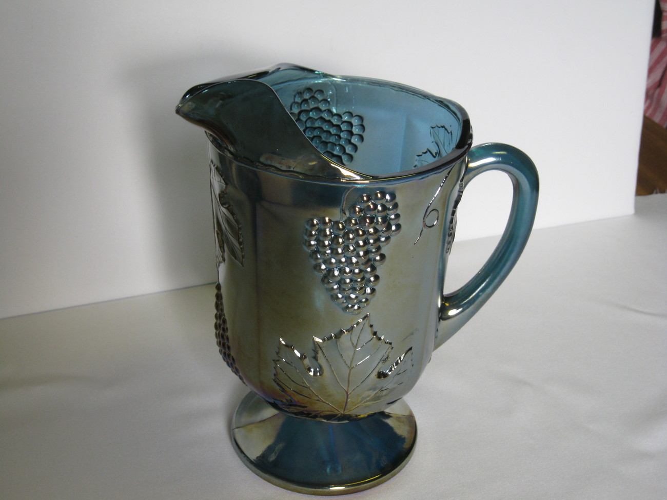 Indiana Carnival Glass Blue Harvest Grape Pitcher USA