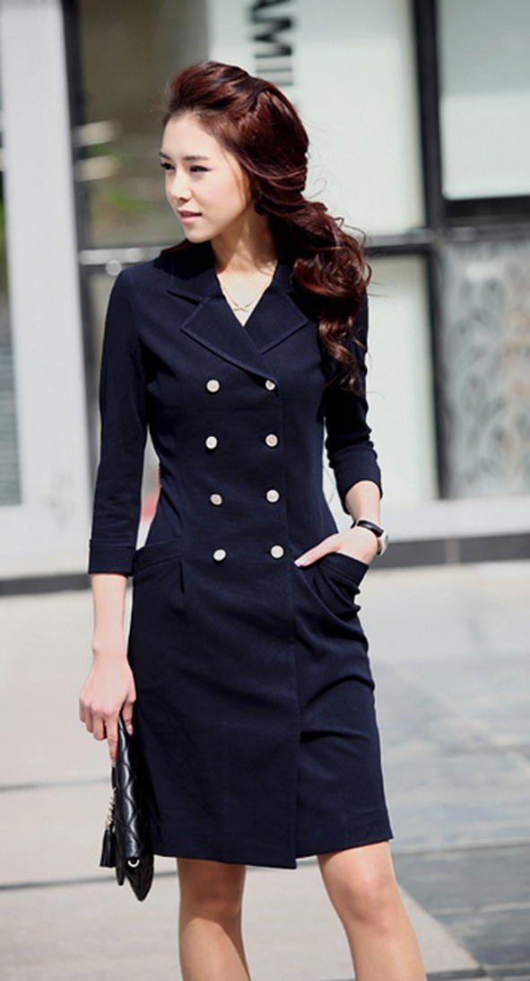 2012_spring_summer_double_breasted_coat_dress_model_front