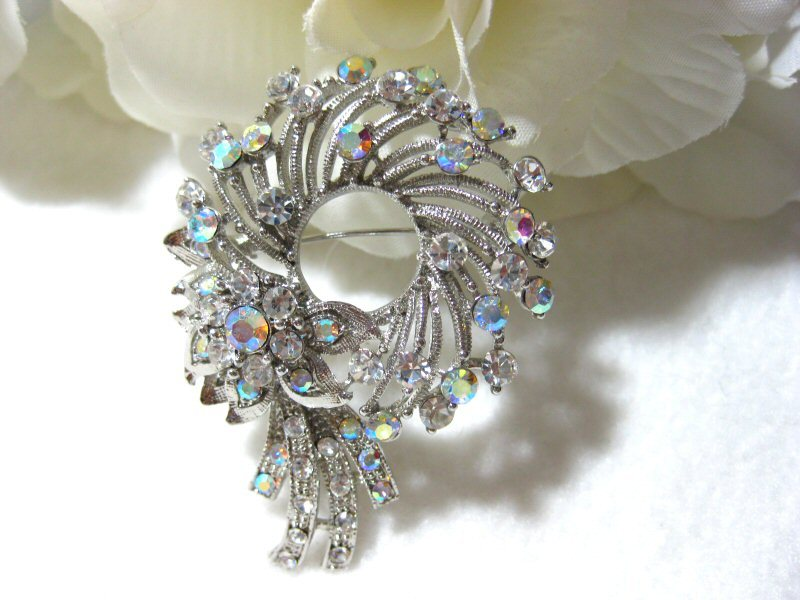 Aurora Borealis Rhinestone Floral Circle Wreath Brooch