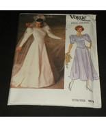 Sewing Pattern Vogue 1679 Bridal Designer Origi... - $5.99