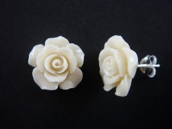 925 Sterling Silver Stud Earrings Set Coral White Flower