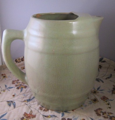 Green_uhl_pitcher_05