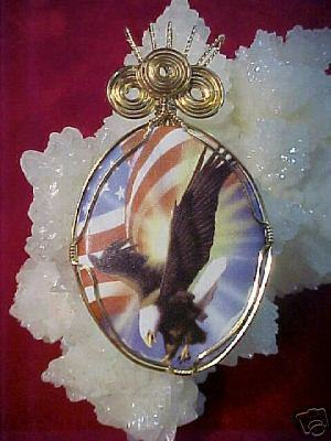 WIRE WRAPPED PORCELAIN EAGLE AND FLAG CAMEO PENDANT