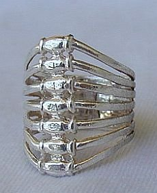Seven days silver ring