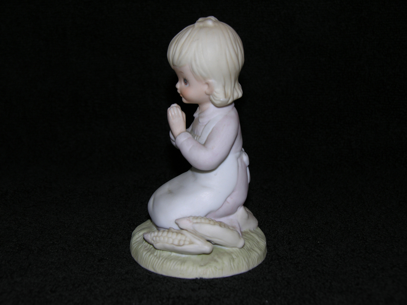 Lefton_girl_figurine_2